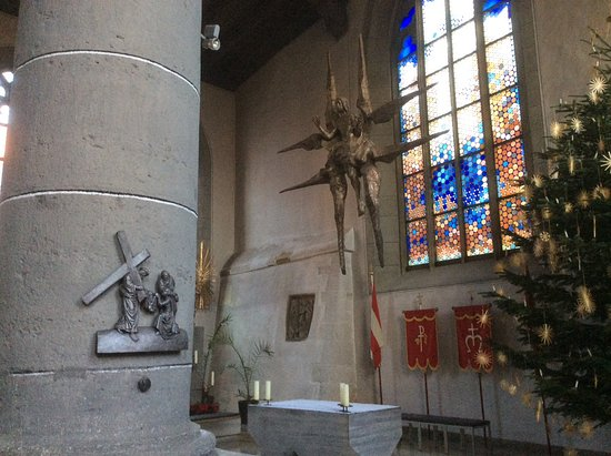 St. Johannis: Found this statue very different