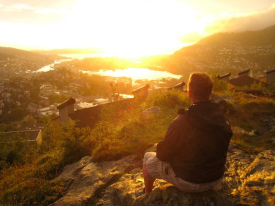 Montana Family & Youth Hostel : View of nightly sunset looking towards downtown, Bergen