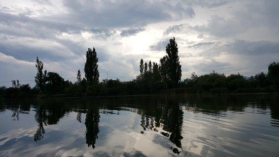 Khadyzhensk, Nga: Майское озеро в Хадыженске