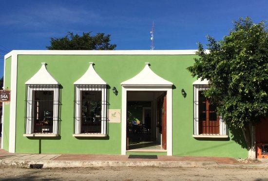 Yerbabuena del Sisal Restaurante: Este es nuestro nuevo local, 50 mt adelante del anterior, en la esquina! Bienvenidos!