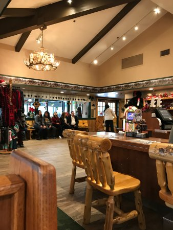 Shop In Restaurant Picture Of Black Bear Diner Buena Park