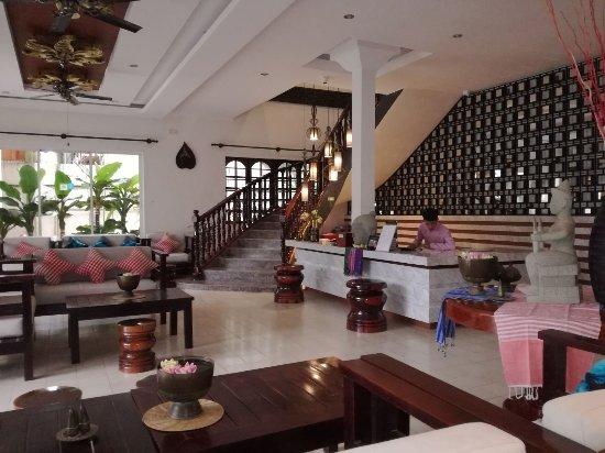 Apsara Centrepole Hotel: IMG-20171226-WA0003_large.jpg
