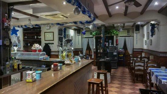 Villanueva de Algaidas, España: Nuestro bar decorado para navidad