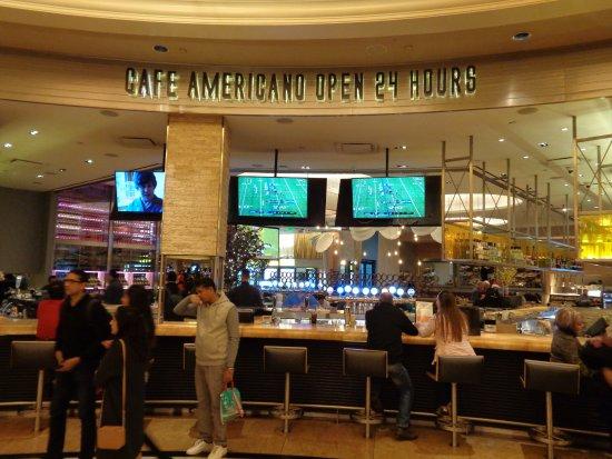 Inside Outside Restaurants In Hell S Kitchen