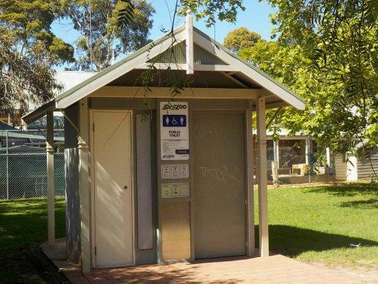 Montgomery Park: Public Toilet