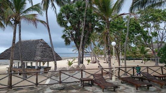 Sandies Tropical Village: DSC_1646_large.jpg
