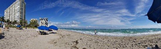 Hallandale Beach: 20171217_120500_large.jpg