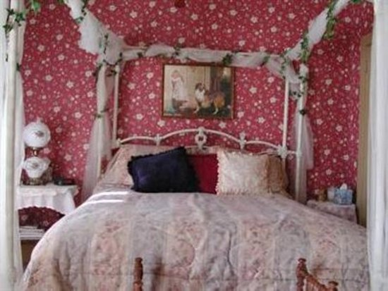 Ravenna, OH: Guest room