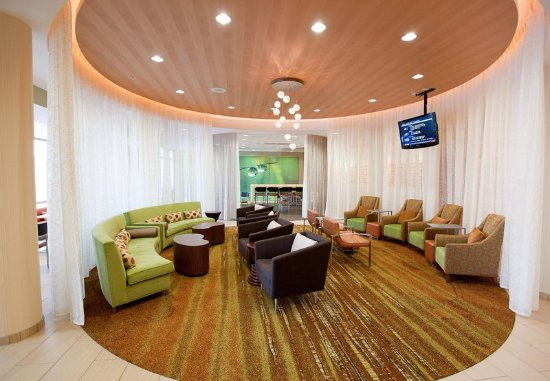 SpringHill Suites Wenatchee : Lobby