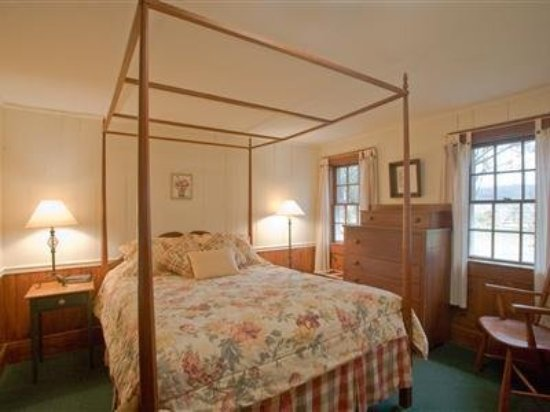 Inn at Valley Farms: Guest room
