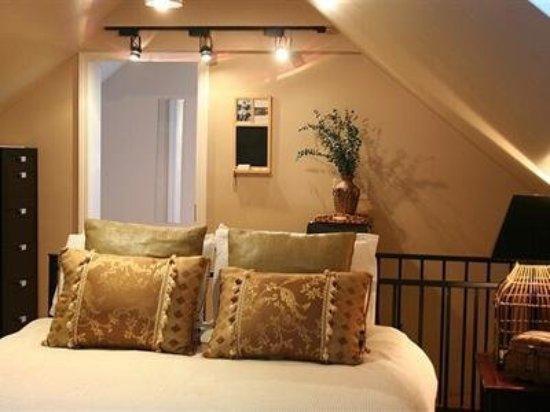 Auberge Gladstone: Guest room