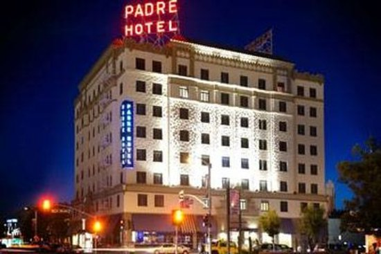 Padre Hotel: Business center