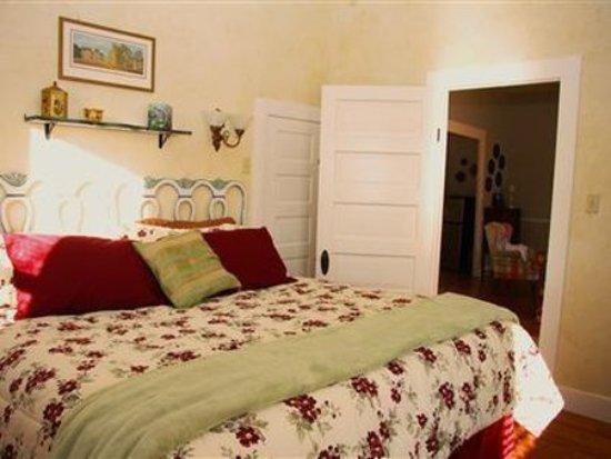 Barons CreekSide: Guest room