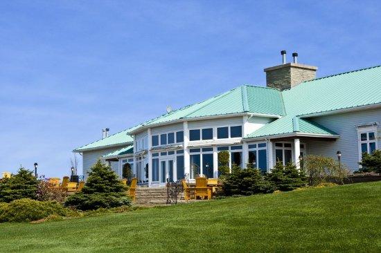 Wallace, Canada: Exterior