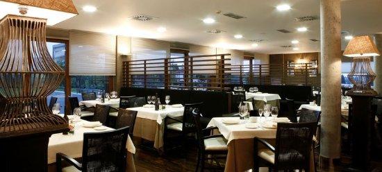 Quintueles, Испания: Bar/Lounge