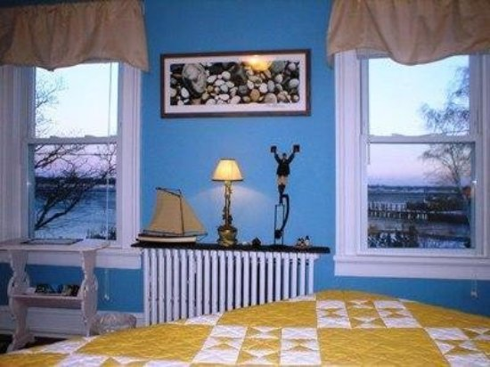 Stirling House Bed and Breakfast: Guest room