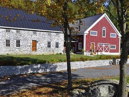 Fairfax, Vermont: Exterior