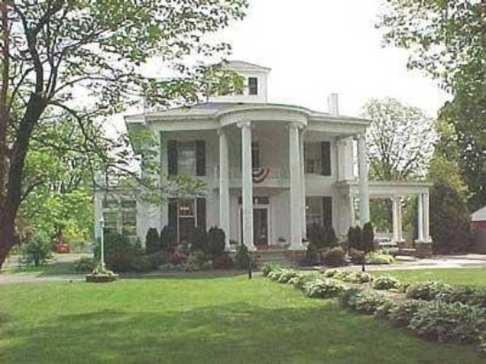 Allegiance Bed and Breakfast: Exterior