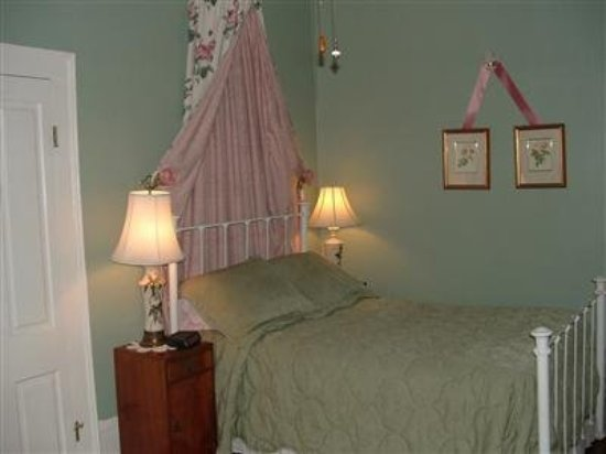 Allison House Inn: Guest room