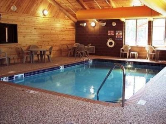 Crosslake, MN: Pool