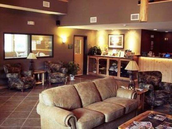 Crosslake, MN: Lobby