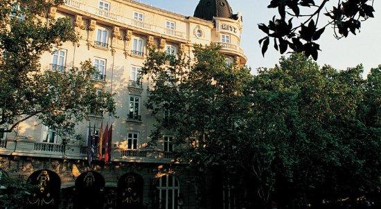 Hotel Ritz, Madrid: Exterior