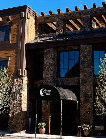 White Buffalo Club - Hotel: Exterior