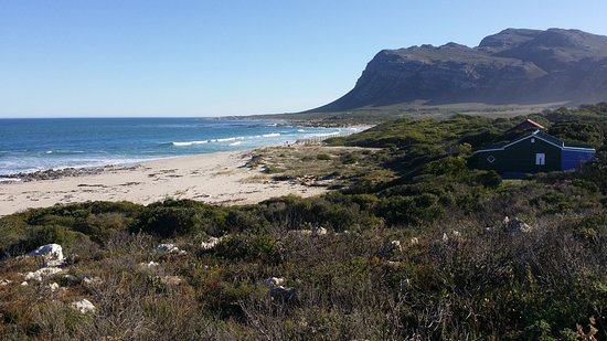 Palmiet beach and lagune at Kleinmond