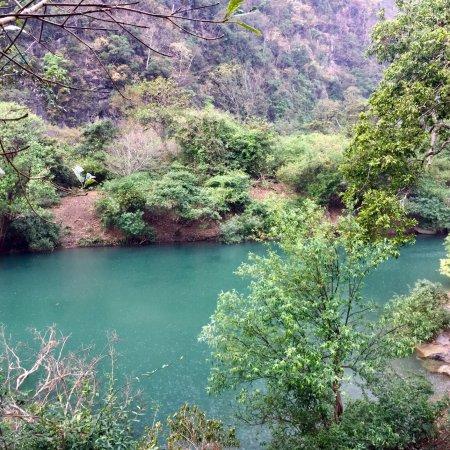Tha Falang Lake