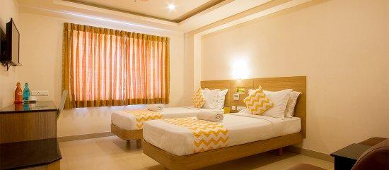 Restaurant - Picture of FabHotel Royal Castle Gandhipuram