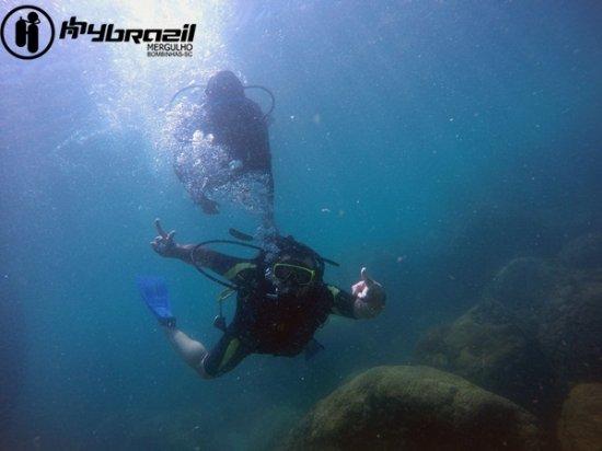 Bombinhas, SC: Batismo subaquático