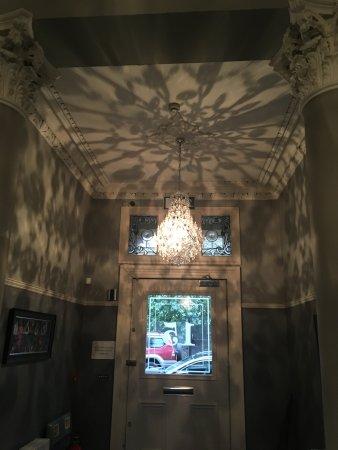 15Glasgow: Foyer