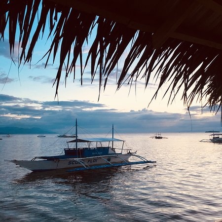 Moalboal Beach Resort: Sunsets at Moalboal