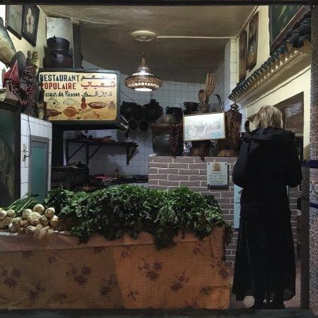 Immersione nella cultura gastronomica popolare di TANGERI