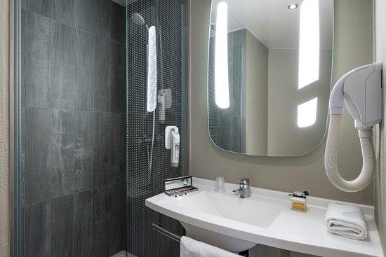 Ibis paris ornano montmartre north 18th updated 2018 prices hotel reviews france tripadvisor - Ibis porte de clignancourt ...