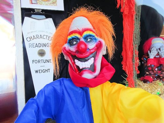 The Nitro Antique Mall: clown in front window