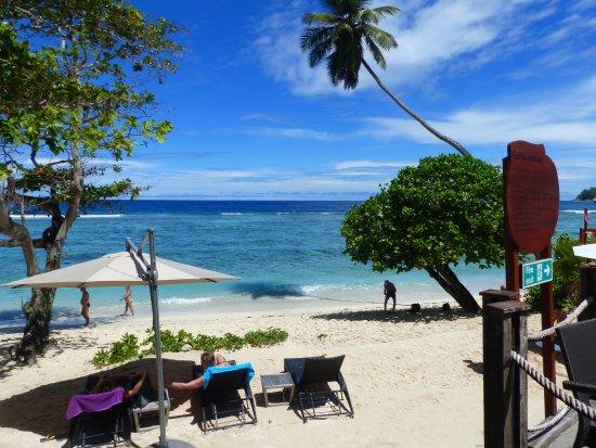 Anse Forbans, Σεϋχέλλες: la plage (accès direct depuis la terrasse)