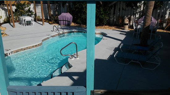 The Inn on Siesta Key: The best place to stay. Walking distance to everything. Cathy and I loved it and already booked