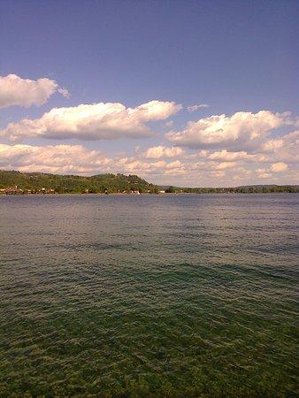 Madonna del Sasso, Italy: lake