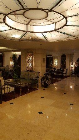 Mount Zion Hotel: lobby area