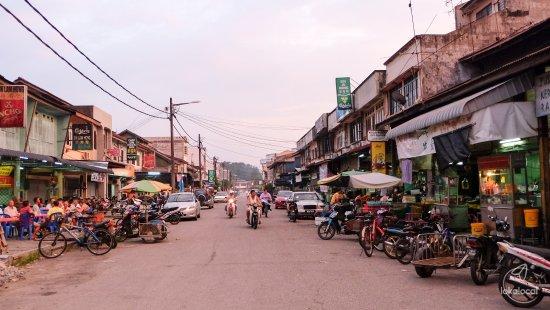 Kuala Sepetang, Malaysia: Local living