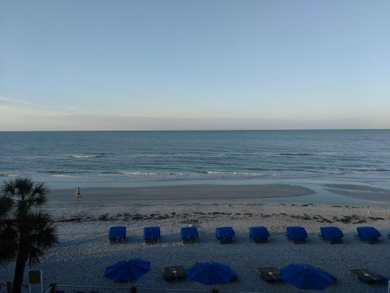 Doubletree Beach Resort by Hilton Tampa Bay / North Redington Beach: From room 318