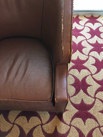 Jw Marriott San Antonio Hill Country Resort Spa Example Of Rundown Furniture In The