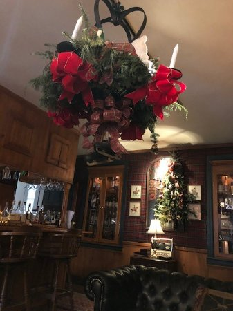 Taneytown, MD: Pickwick Pub decorated for Christmas 2017.