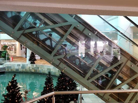 Renaissance Mall照片