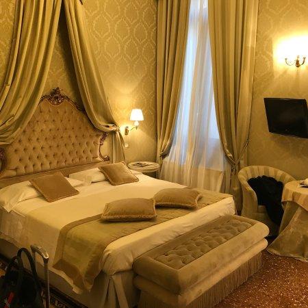 Hotel Al Duca di Venezia: photo0.jpg