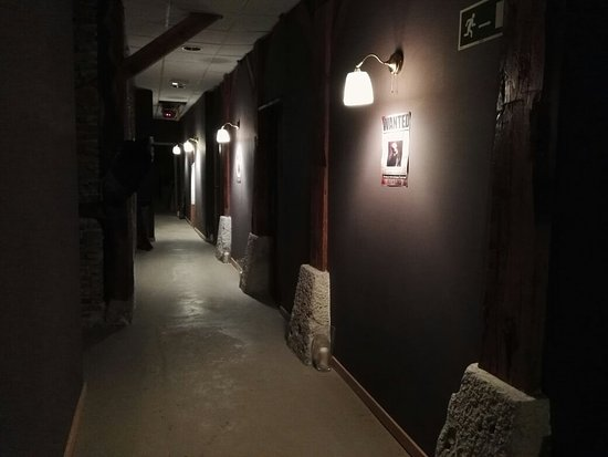 Dark Street Escape Room