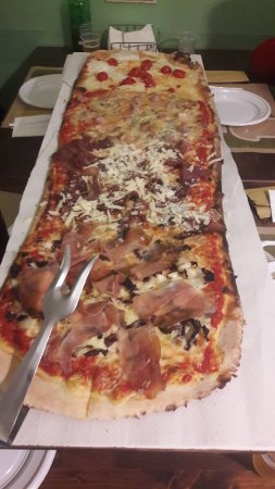 Acquarica di Lecce, Italia: 20171226_204214_large.jpg