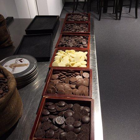 Laderach chocolatier suisse online shop