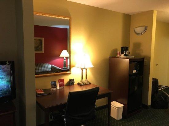 Comfort Suites Picture